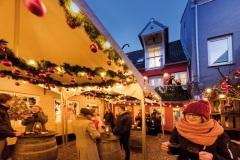Rote-Strasse-Weihnachten-Braaschhof-02