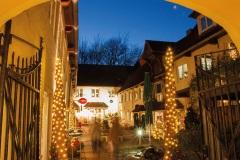 Rote-Strasse-Weihnachten-Sonnenhof
