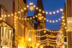 Rote-Strasse-Weihnachtsbeleuchtung