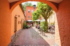 Roter-Hof-Einfahrt